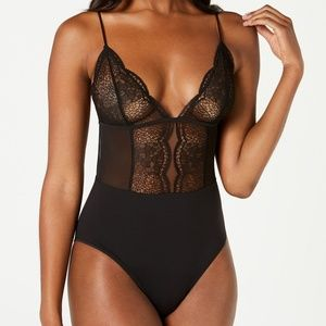 Calvin Klein Crackled Lace Wire Free Bodysuit SMAL